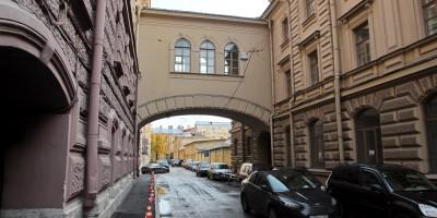 Черноморский переулок, переход
