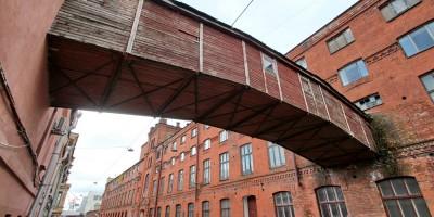 Кожевенная линия, переход Торгового дома Брусницыных