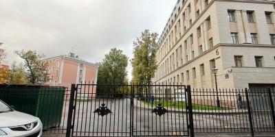 Улица Доктора Короткова за забором