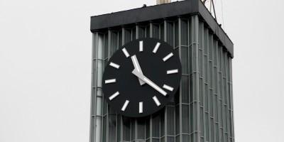 Финляндский вокзал, часы