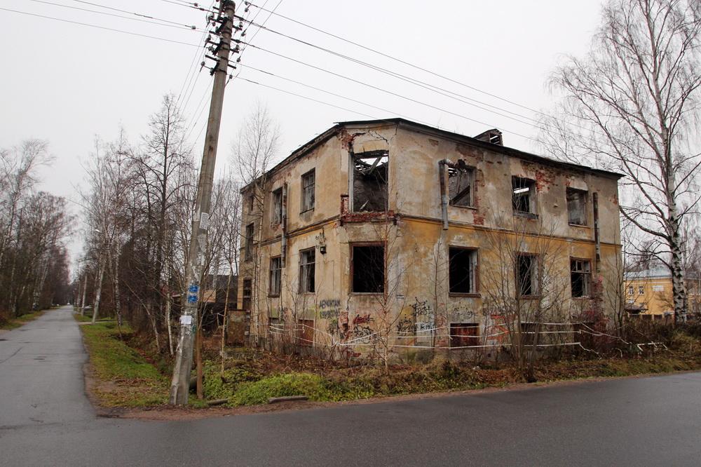 Ольгино, проспект Ленина, 18