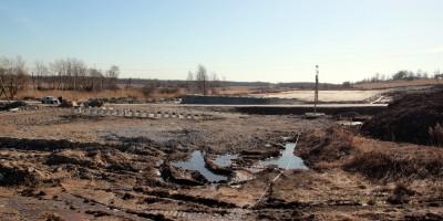 Петербургское шоссе, воинский мемориал, брошенная стройка развязки