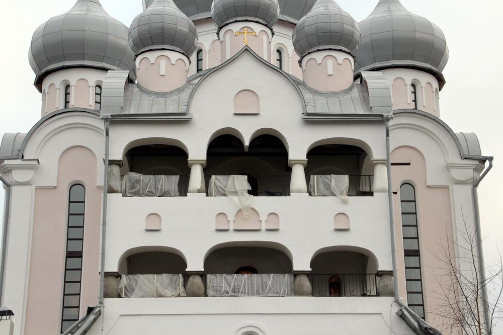 Пискаревский проспект, 41, Рождественский собор, главный фасад