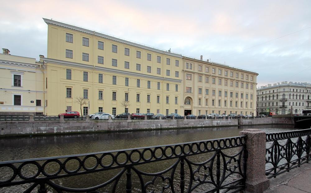 Улица Глинки, 2, Главный кригс-комиссариат, вид с Мойки