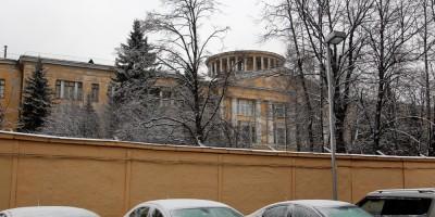 Главное здание Государственного оптического института на Кадетской линии, 5, корпус 2