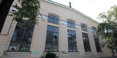 Корпус завода Эскалатор на 18-й линии