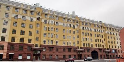Малый проспект Васильевского острова, 52, фасад