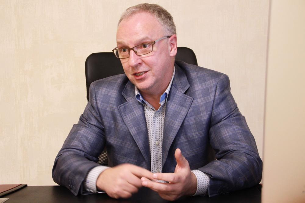 Анатолий Павлов, Дом на Ленсовета