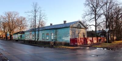 Красное Село, улица Лермонтова, дом 30, главное здание Удельной больницы
