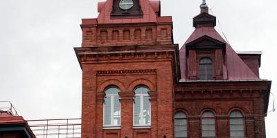 Выборгская набережная, прядильная фабрика Невка, башни