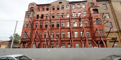 Кирилловская улица, 23, дом Изотова