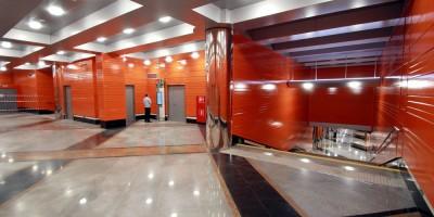 Станция Беговая, переход между перронами