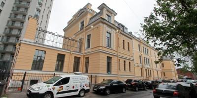 Оренбургская улица, 4, хирургический корпус больницы сестер милосердия святого Георгия