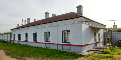 Станция Броневая, здание
