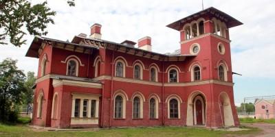 Вокзал станции Стрельна
