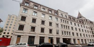 Басков переулок, 2, фасад вдоль улицы Короленко