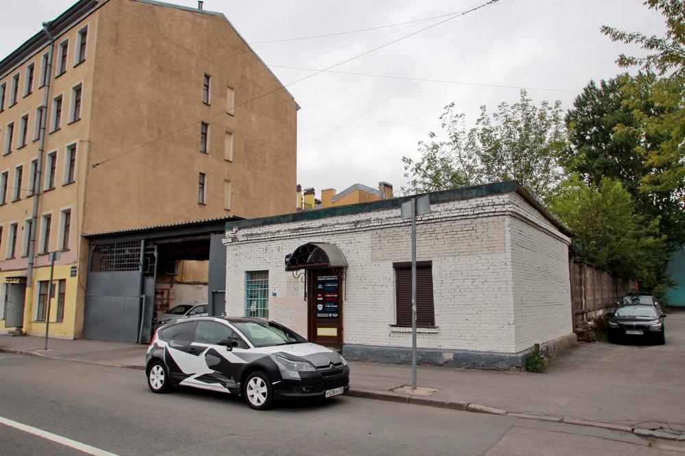 Днепропетровская улица, 7
