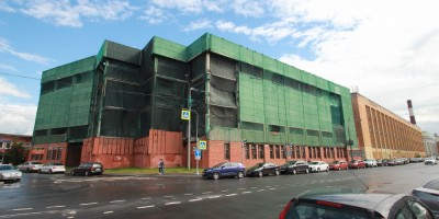Новгородская улица, недостроенное промышленное здание