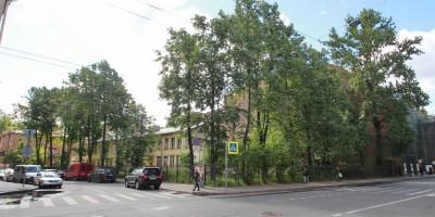 Угол улиц Лизы Чайкиной и Большой Пушкарской