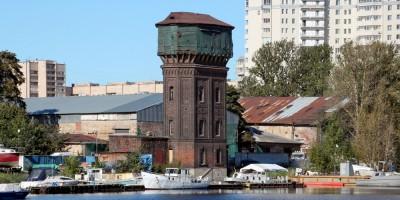 Галерная гавань, водонапорная башня
