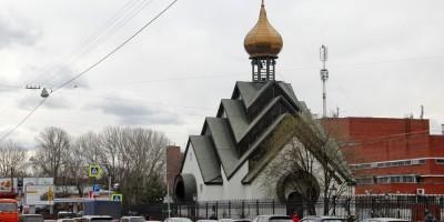 Миргородская улица, часовня Новомучеников Российских