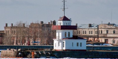 Кронштадт, пост службы наблюдения и связи в Купеческой гавани