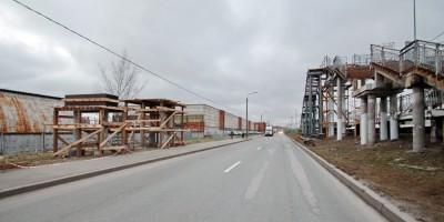 Нефтяная дорога, капитальный переход надземного пешеходного перехода