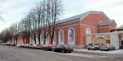Петергоф, улица Аврова, дом 22, манеж Уланского полка