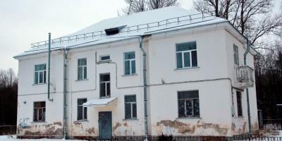 Ломоносов, Михайловская улица, дом 38