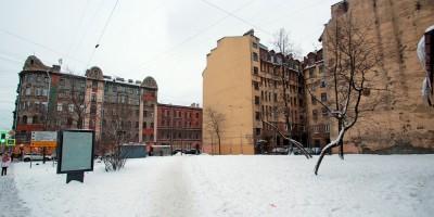 Угол 8-й Советской и Мытнинской улиц, сквер