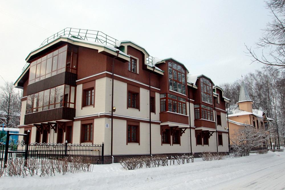 Павловск, улица Васенко, дом 3, строение 2
