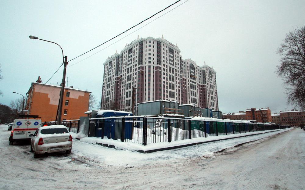 Угол Перевозной набережной и Общественного переулка
