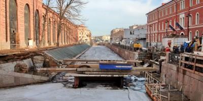 Крюков канал, строительство моста