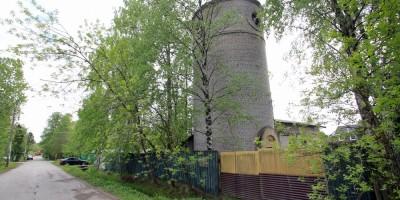 Лисий Нос, Раздельный проспект, 35, водонапорная башня