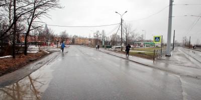 Проспект Буденного у перекрестка с Санкт-Петербургским и Петергофским шоссе