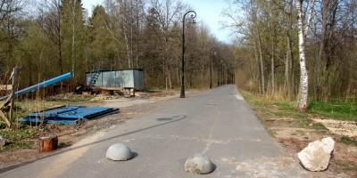 Петергоф, Нижняя дорога возле улицы Крылова