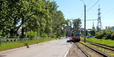 Корабельная улица, трамвай
