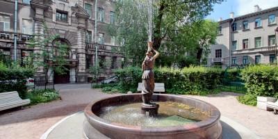 Сад Дома Пеля на Литейном проспекте, фонтан