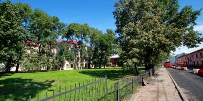 Угол улиц Моисеенко и Красного Текстильщика, сквер