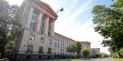 Здание ВНИПИЭТ на улице Савушкина, 82