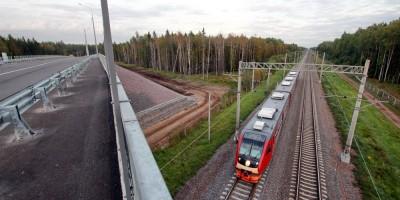 Песочный, Белоостровское шоссе, путепровод, электричка