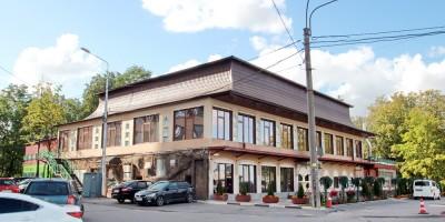 Ресторан Куракина дача на Леснозаводской улице, 1