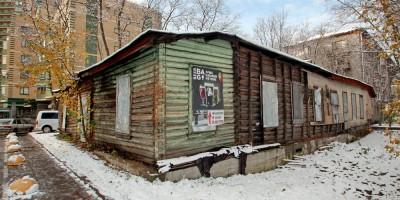 Деревянное здание на Фермском шоссе, 36