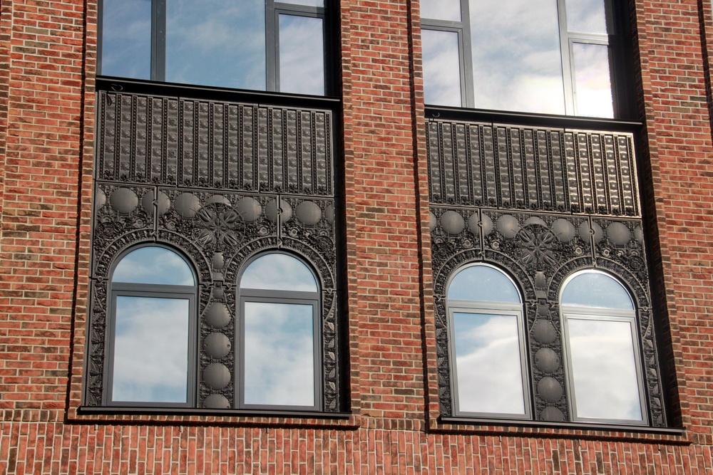 Митрофаньевское шоссе, дом 2, корпус 9, литера В, окна