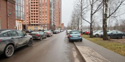 Лиственная улица