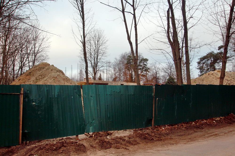 Шувалово, Межозерная улица, 4, строительство жилого дома