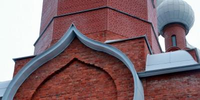 Церковь Серафима Саровского в Петергофе на Ораниенбаумском шоссе, кладка