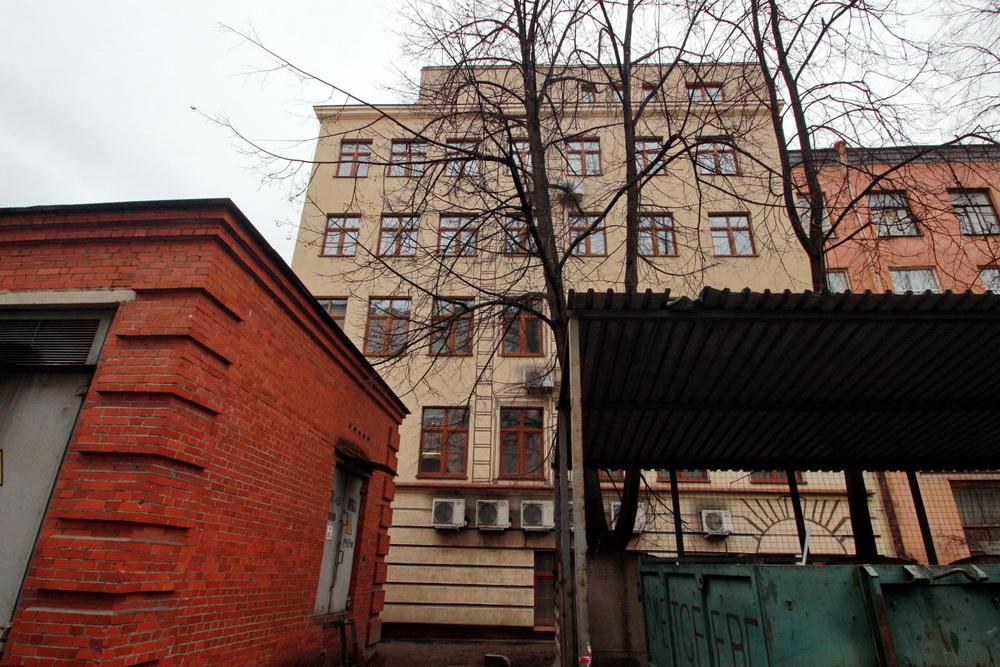 Дом Юргенса на улице Жуковского, дом 19, корпус во дворе