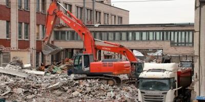 Колледж судостроения и прикладных технологий, Судостроительный лицей на Кронштадтской улице, 15, демонтаж