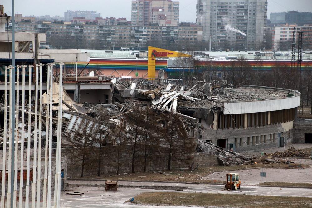СКК на проспекте Юрия Гагарина после обрушения, пристройка